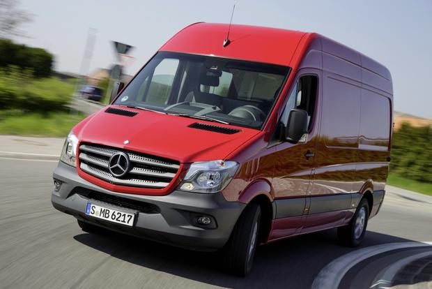 Mercedes-Benz Sprinter 2014 - мощный минивэн